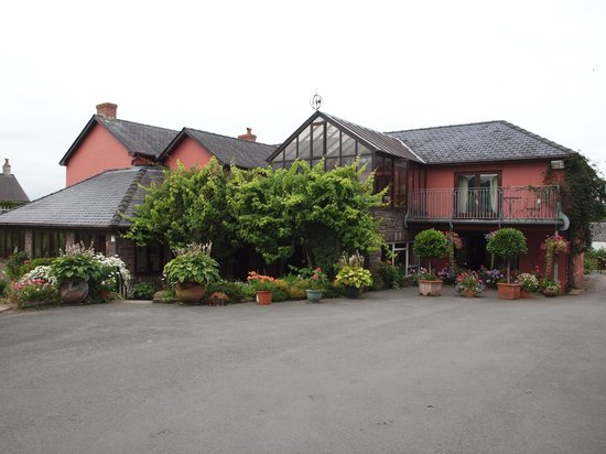 Pen-y Bryn Guest House: Pen-Y-Bryn (meaning Top of the hill)