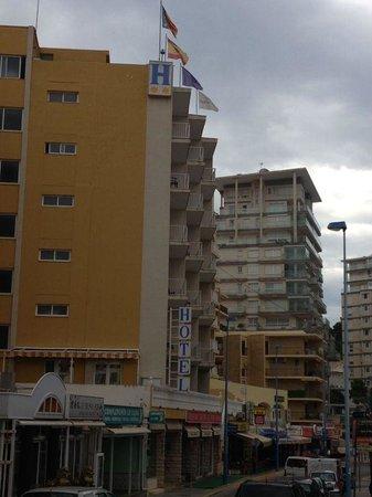 Hotel Porto Calpe: Fachada del hotel