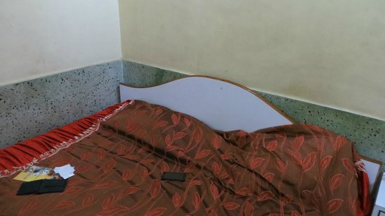 Hotel Pine Borough : bed