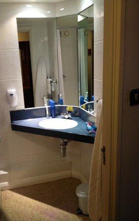 Premier Inn Birmingham (Great Barr/M6 J7) Hotel: bathroom