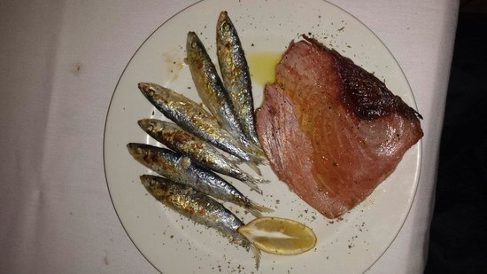 Restaurante Raco de l'abat: En Octubre estan buenas las sardinas hechas por Eugenia!!!