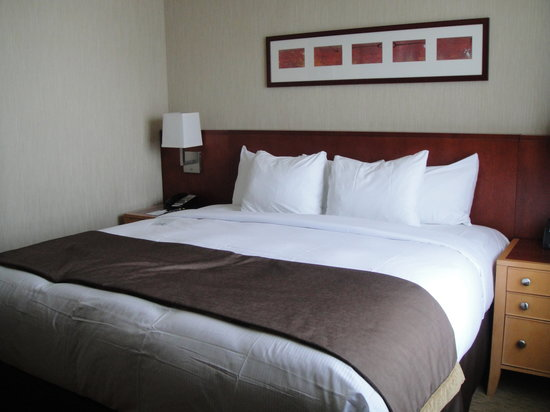 Embassy Suites by Hilton Washington-Convention Center : Bedroom 1