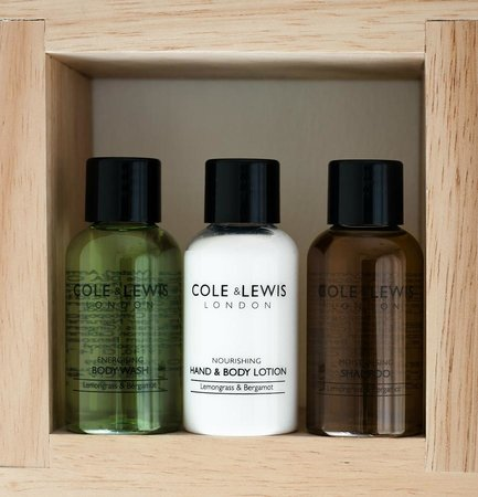 Spring Cottage B&B: Toiletries available to use