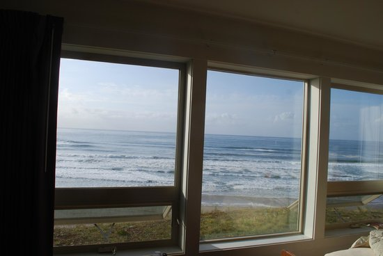 Seahorse Oceanfront Lodging: :) :) :)