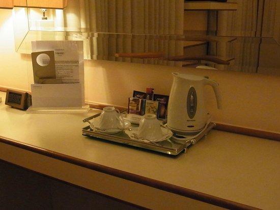 Starhotels Majestic Tea set