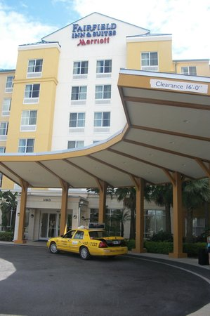 Fairfield Inn & Suites Orlando at SeaWorld®: hotel