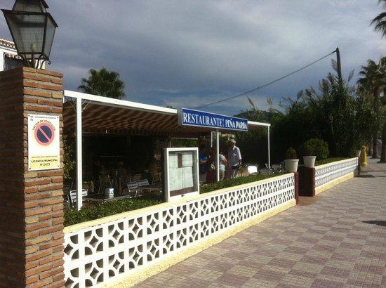 Restaurante Pena Parda La Herradura: Restaurante Pena Parda - side view