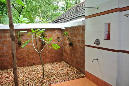 Marari Villas: Open air bath