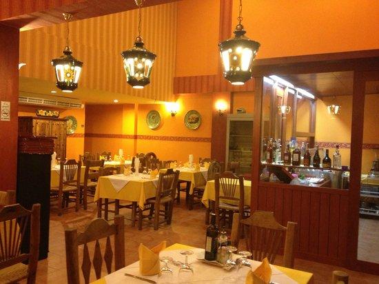 La Piazzetta - Antichi Sapori: Inside
