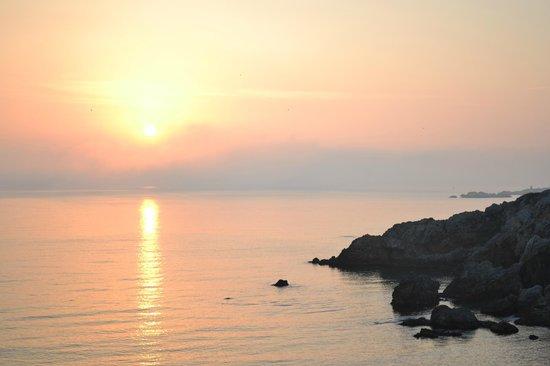 Hostal Spa Empuries: Sea view from room