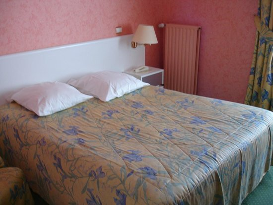 Hotel du Commerce: chambre 34