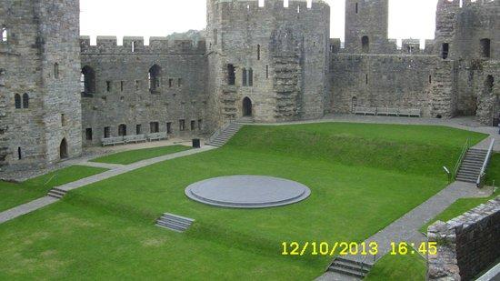 Premier Inn Caernarfon Hotel: Inside the castle