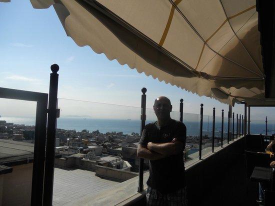 Antik Hotel Istanbul : Aussicht von der Terasse im Essbereich