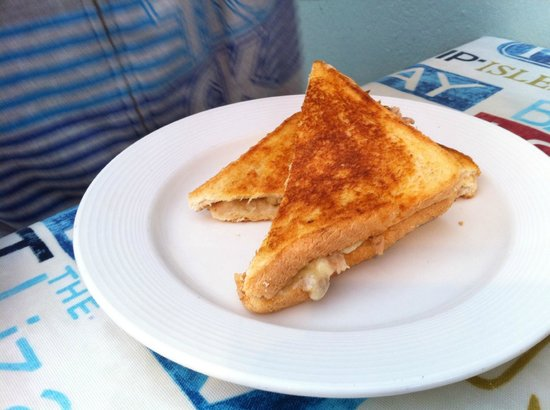 Harbour Rest Cafe: Cheese toastie - excellent