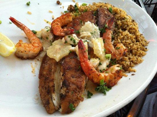 Pappadeaux Seafood Kitchen: Gulf Coast Redfish Pontchartrain