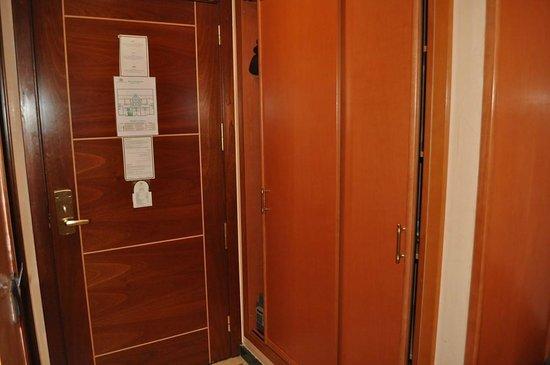 Oum Palace Hotel: Reformadas