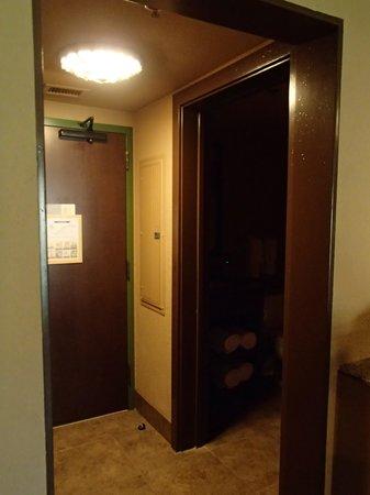 Disney's Animal Kingdom Villas - Kidani Village: Front door and smaller bathroom.
