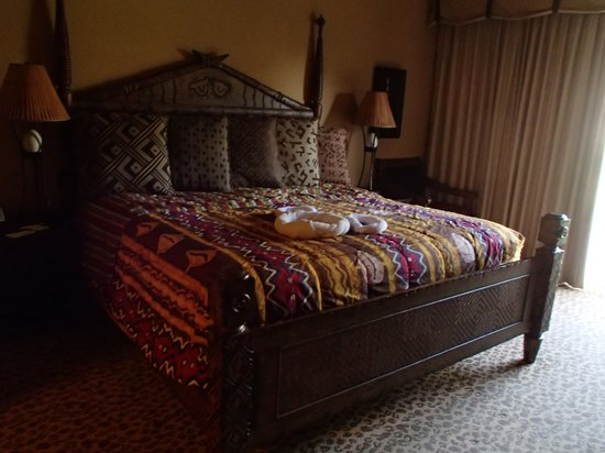 Disney's Animal Kingdom Villas - Kidani Village: Bedroom.