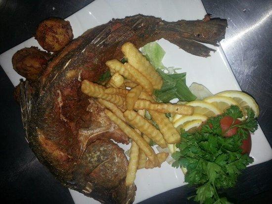 Yasmin Restaurant : Deep Fried Fish