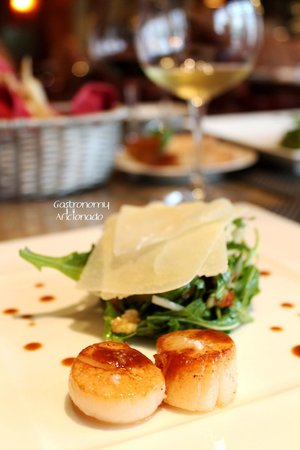 Riva Grill Bar & Terrace: Scallops