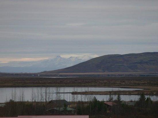 Heradsskolinn Hostel: IIRC, the volcano that blew up and stopped air traffic in Eurpoe (Eyjafjallajökull)