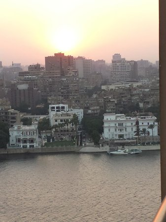 Emo Tours Egypt Day Tours: Cairo City Roofs
