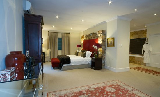 The Parkwood: An Executive room