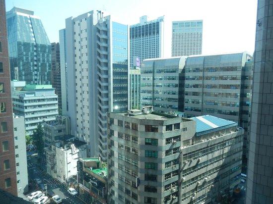New Kukje Hotel : downtown view from my hotel window