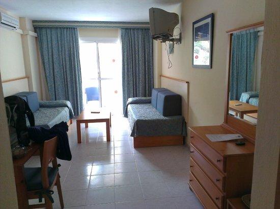 Hoteles Apartamentos Lux Mar: twin room