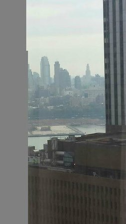 DoubleTree by Hilton Hotel New York City - Financial District: View from 41st Floor