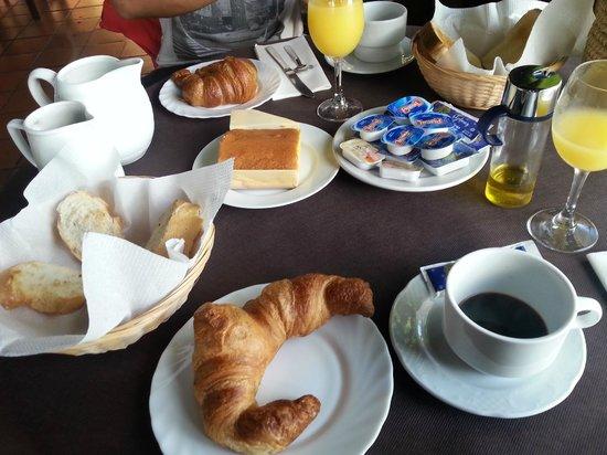 La Posada de Langre: desayuno!