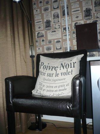 Freys Hotel Lilla Radmannen: fauteuil chambre