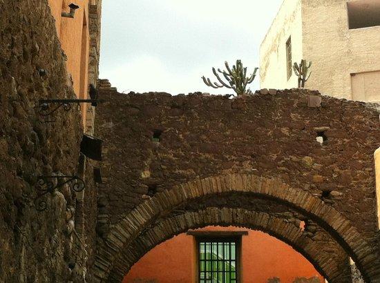 Casa de Dante Hostel: Calle Belauzaran