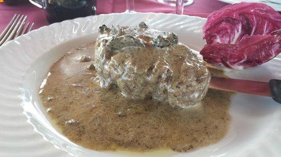 Agriturismo Il Colombaio: filetto di manzo al tartufo