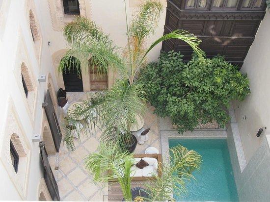 Riad Kheirredine: The atrium
