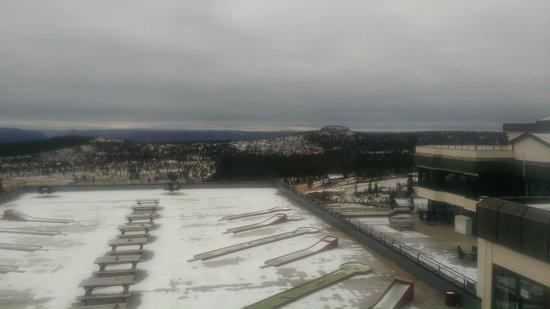 Storefjell Resort Hotel: Utsikt fra rommet, med litt nysnø.