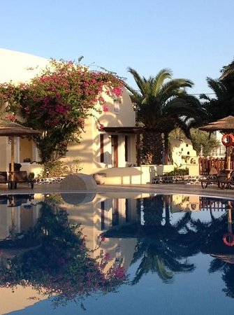 Smaragdi Hotel: Reflections Smaragdi