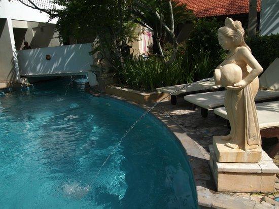 Kuta Lagoon Resort & Pool Villa: other pool