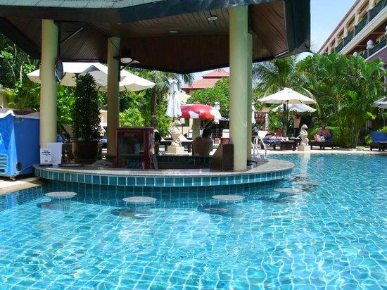 Karon Sea Sands Resort & Spa: Poolbar