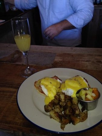 The White Buffalo: eggs benedict, yummm