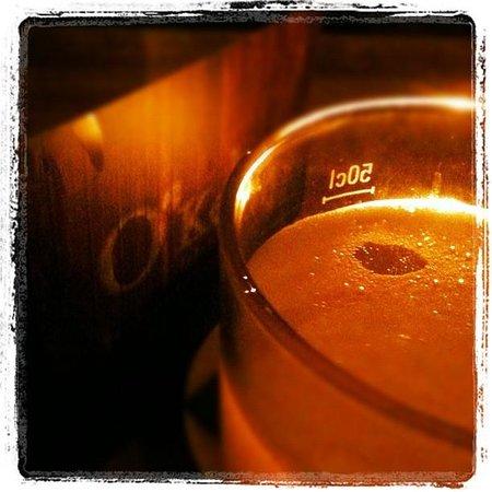O'Kellys Irish Pub: Strongbow Cider
