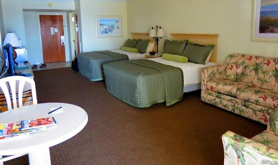 Surf Side Hotel: Our room