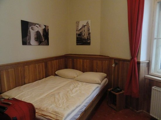 Hotel Am Markt: Cozy room
