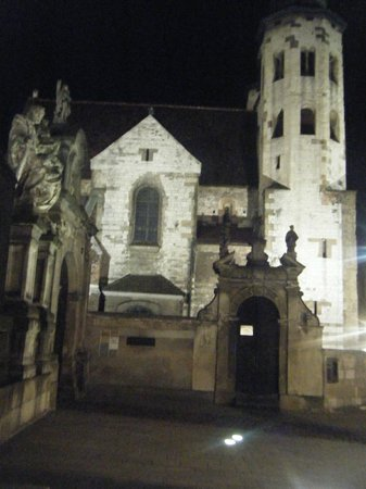 Vienna House Easy Chopin Cracow: Oldest church, St Andrews, circa 7000 updated 1400, beautiful inside!