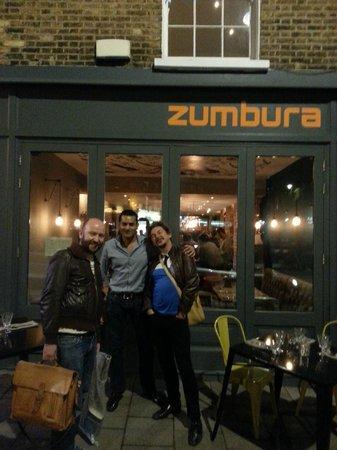 Zumbura: Outside