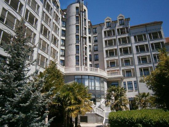 Hotel Bedunia: vista desdes el jadin