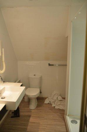 Hotel Egmond: baño