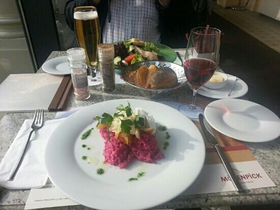 Mövenpick Restaurant Zur Historischen Mühle: Lunch for two