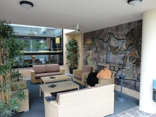 Hotel Garden Lido: hotel out door Lounge.