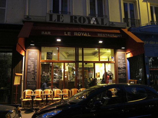 Le Royal: taken from the outside